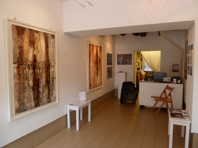 Exhibition Interior - Alan Rogers